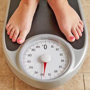 Przybierasz na wadze? - Może za mało śpisz